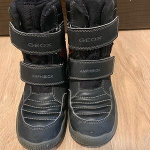 🎈 Geox boots for boys size 10.5 (28) 🎈